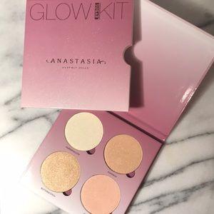 Anastasia sugar glow kit. New.